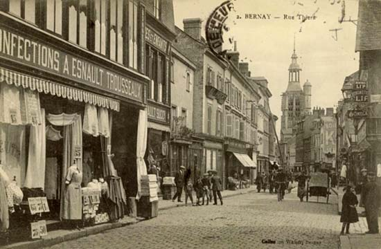 Bernay : Rue Thiers - Carte Postale Ancienne - Collection G. Walter, Bernay